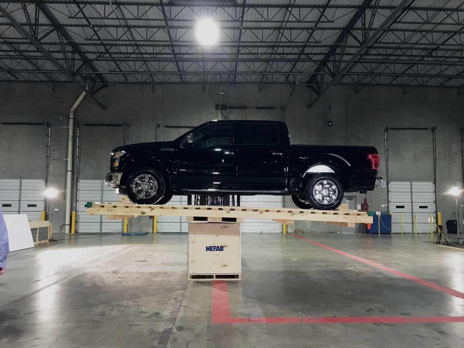 ExPak_truck